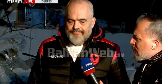 Рама не успеа да ги задржи солзите кога го прашаа за смртта на девојката на неговиот син