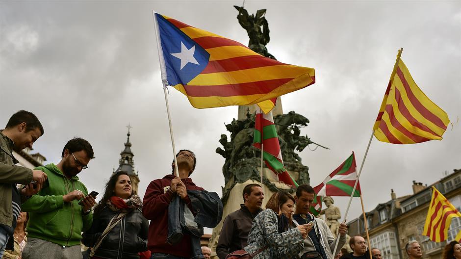 Цела Шпанија на нозе, каталонските новинари наречени терористи