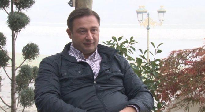 Дуковски: Канабисот ќе го истуриме пред влада, нека го јадат кравите