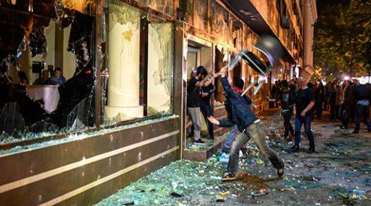 """Героски: Заборавивте на """"шарената револуција"""", па ќе воведувате полициски час?"""