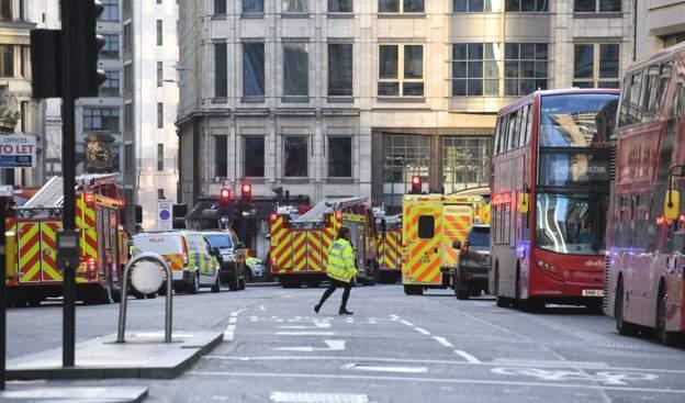 Најмалку петмина повредени во Лондон, полицијата го уби напаѓачот