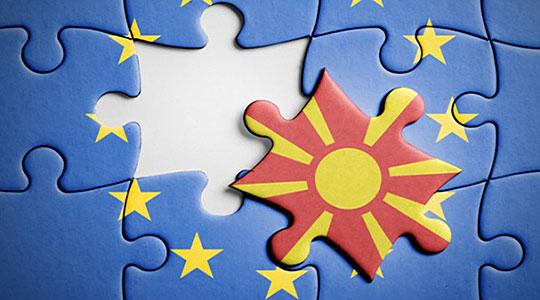 """Николоски: Доколку функционерите вмешани во аферата """"Мафија"""" не поднесат оставки, тогаш Македонија најверојатно ќе има реперкусии на патот кон ЕУ"""