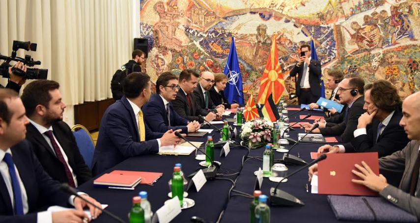 Средба на Пендаровски со министерот Хајко Мас