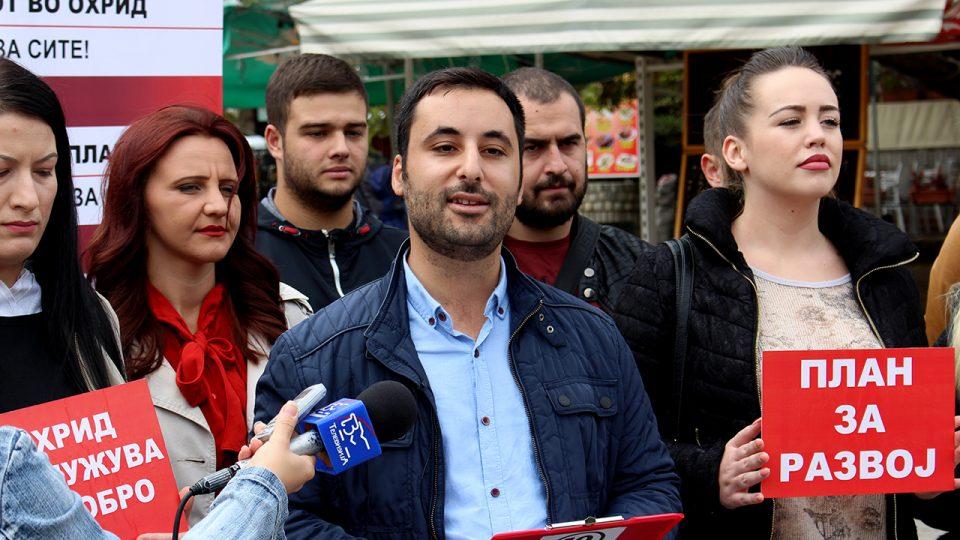 Советникот на СДСМ во Општина Охрид, Мишел Силјаноски, поднесе оставка