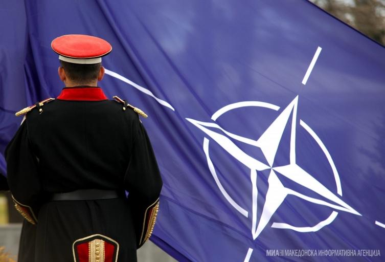 70 години НАТО: Македонија на иста маса со лидерите од земјите-членки на Алијансата