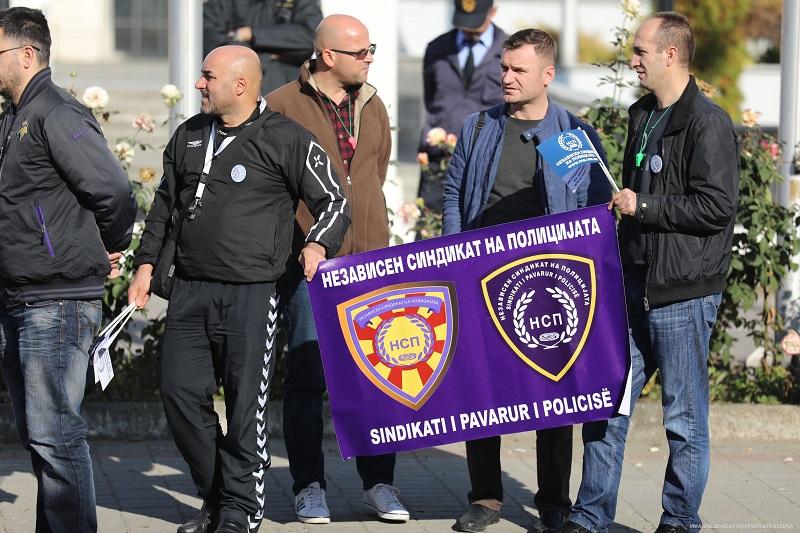 Полицајците бараат подобри услови за работа и 25 отсто зголемување на платите