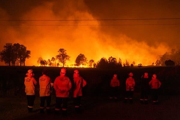 Пожарите во Австралија досега уништија повеќе од 150 домови