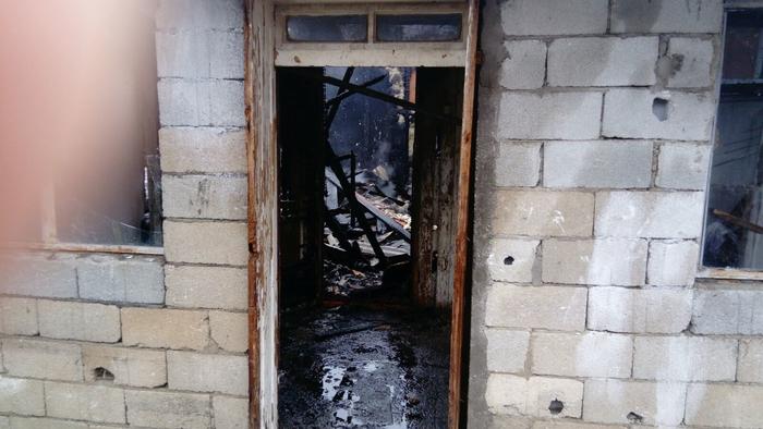 Во пожар во Петровец 10 семејства останаа без покрив над глава