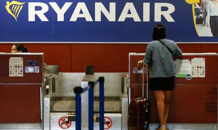 """Наплаќањето на рачен багаж на """"Рајанер"""" е навредливо, пресуди шпански суд"""