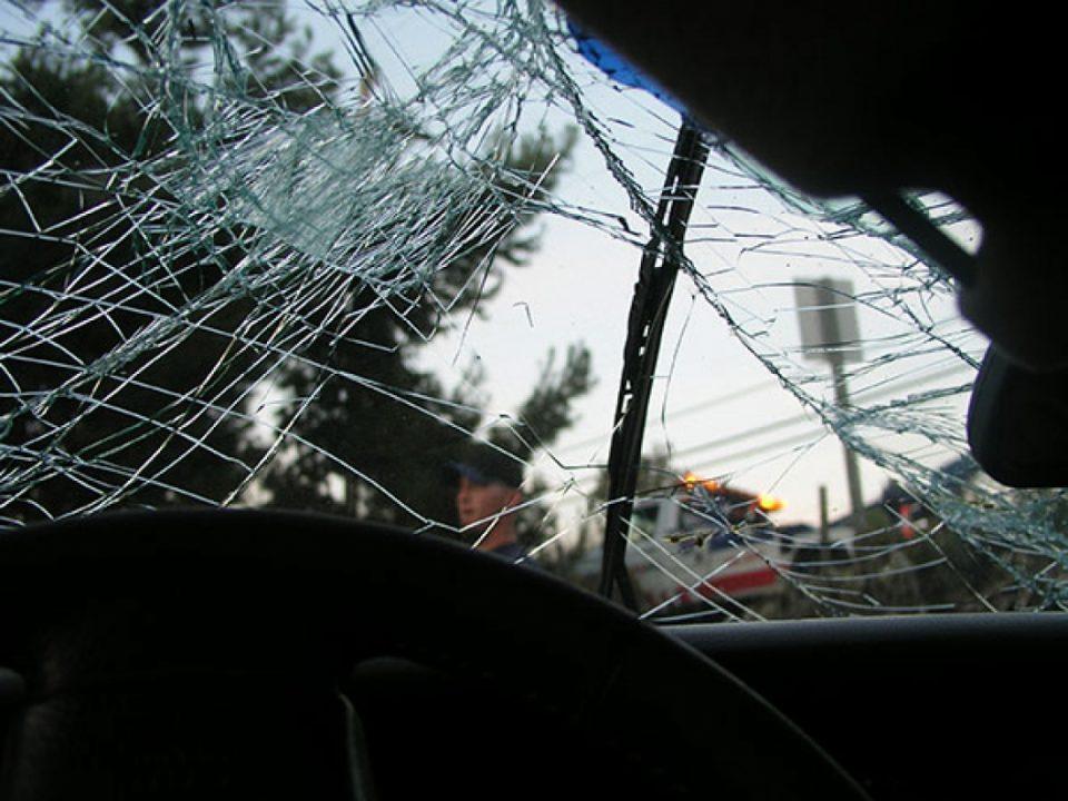 Осум загинати во директен судар меѓу патнички автобус и комбе во Филипини