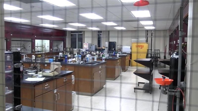 Универзитетски професори правеле дрога во лабораторија на факултетот