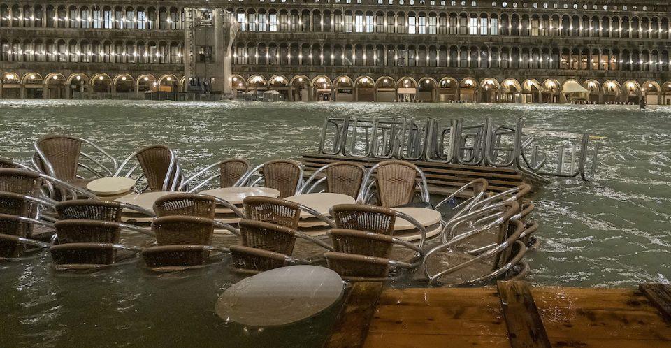 Венеција е на колена, потребна ни е помош