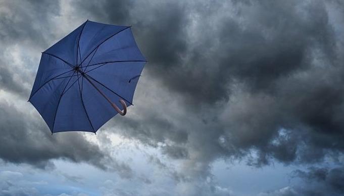Променливо облачно со ветер и повремен дожд, од среда следува период на стабилно време
