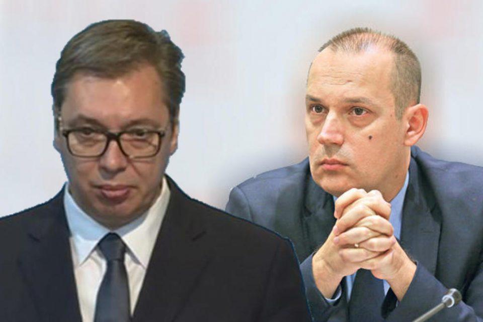Бил животно загрозен: Министерот за здравство открива зошто Вучиќ бил примен во болница