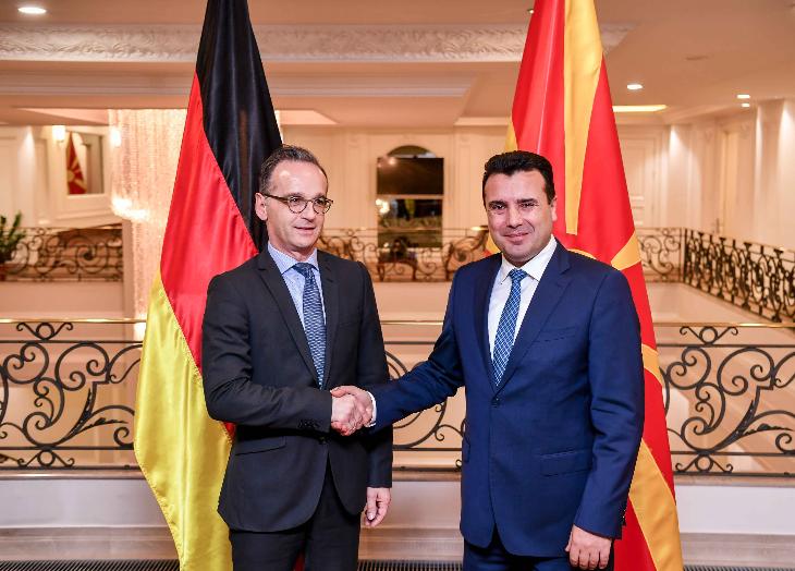 Премиерот во заминување Заев се сретна со Мас: Да се овозможи европскиот пат на Македонија