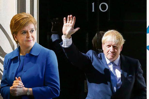 Старџен: Џонсон не може да ја задржи Шкотска против нејзината волја