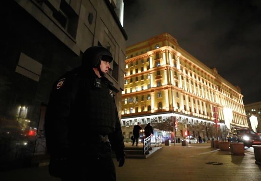 Почина уште еден припадник на ФСБ по вчерашната престрелка во Москва