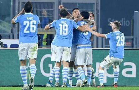 Лацио и Јуве како првопласирани се расправаат дали и како Серија А да продолжи