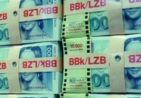 Курсот е 1/1.95: Ако чувате дома стари марки, во Германија се уште можете да ги промените за евра