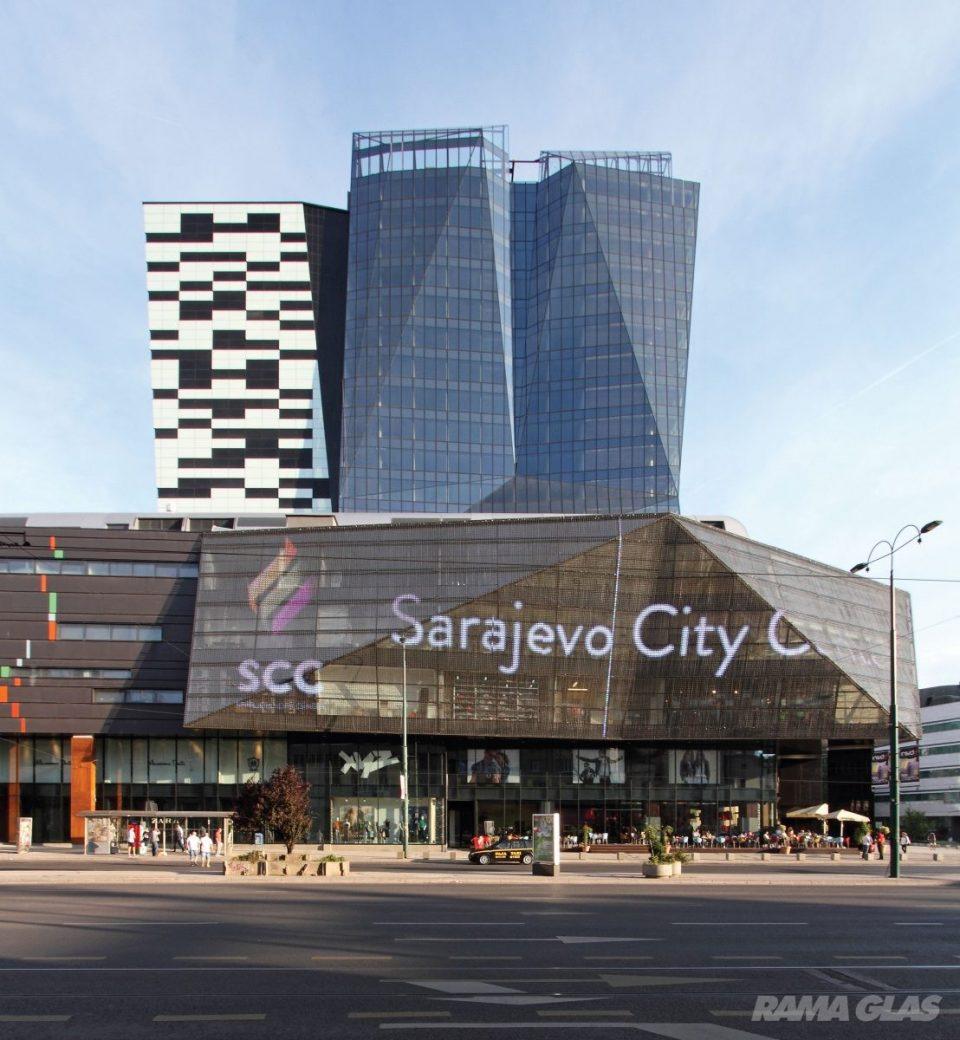 Сараево во паника: Евакуиран трговски центар поради дојава за поставена бомба