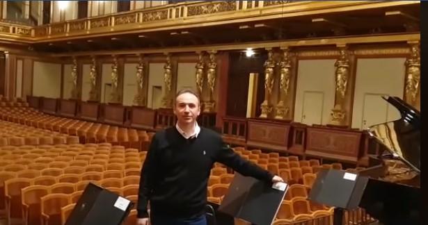Овации за Симон Трпчески во Виена