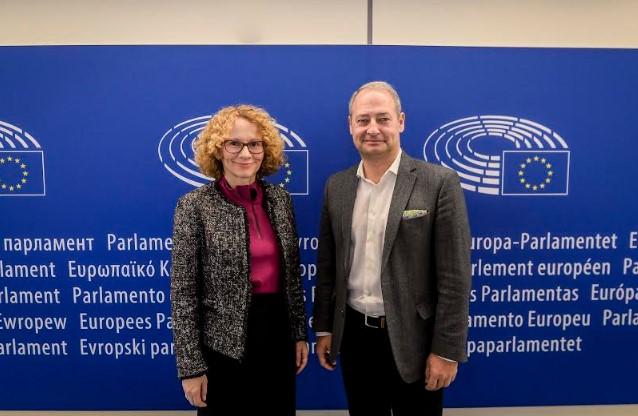 Средба Шекеринска-Шидлер: Уверени сме дека отворањето на преговорите со Унијата
