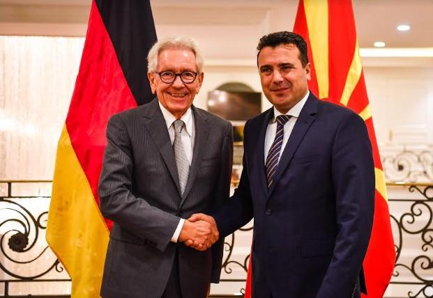 Средба: Заев-Холтхоф-Пфорнер: Ќе продолжиме да даваме аргументи за нови германски инвестиции во нашата земја