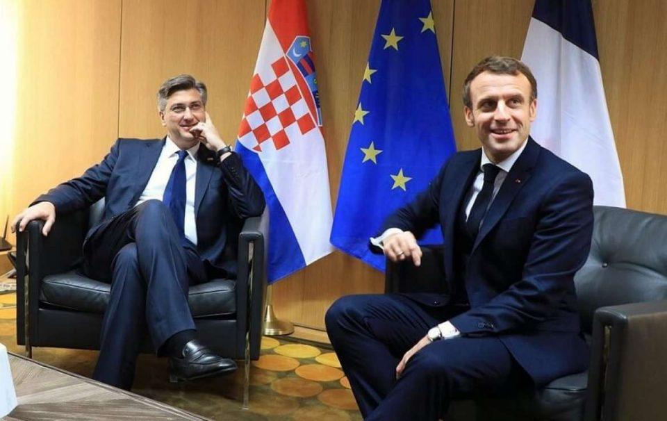 Отворање преговори со Македонија една од темите на средбата Пленковиќ – Макрон