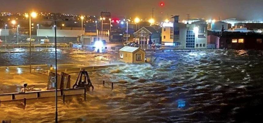 Бурата Елса ги зафати Шпанија и Португалија, загинаа пет лица