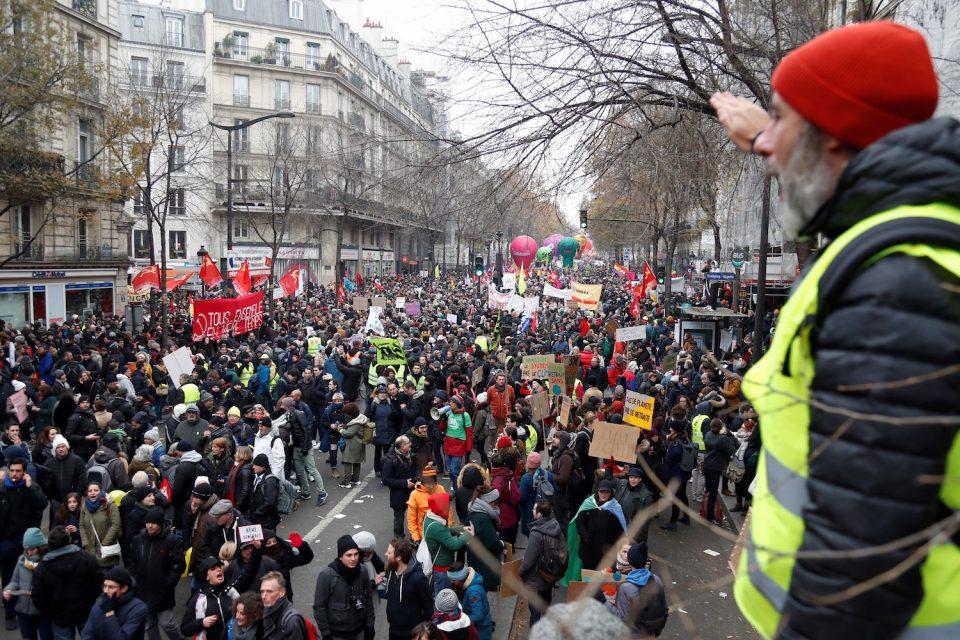 Штрајк во Франција поради старосната граница за пензија