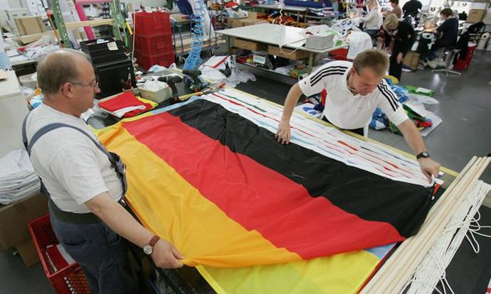 И покрај пандемијата: Германија ја зголемува минималната плата