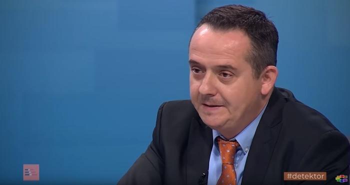 Николов: Тајмингот на објавување на бројот на позитивни случаи е под политичко влијание