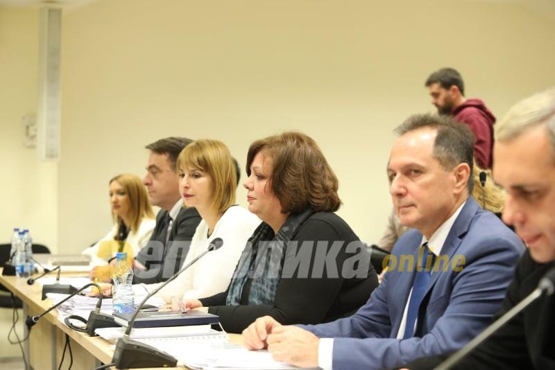 Јанева немаше прашања за Камчев