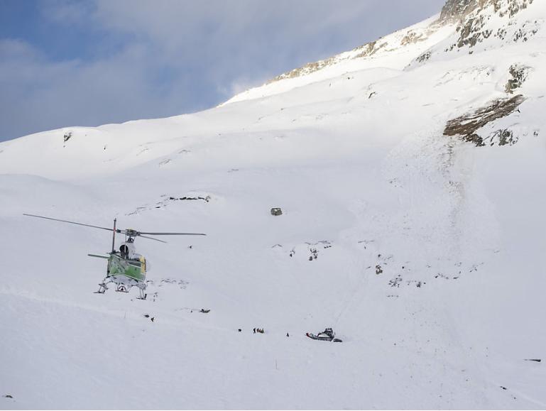 Пријавени многу жртви: Лавини во ски-центри во Австрија и Швајцарија