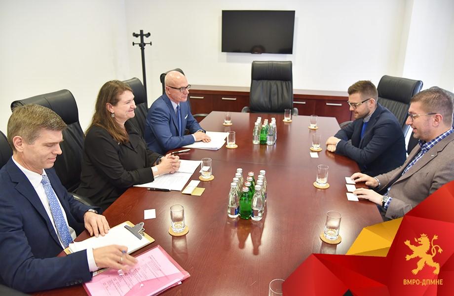 Новата влада на ВМРО-ДПМНЕ ќе се залага за отчетност и транспарентност, ќе работи на реформи кои ќе ја доближат Македонија поблиску до ЕУ