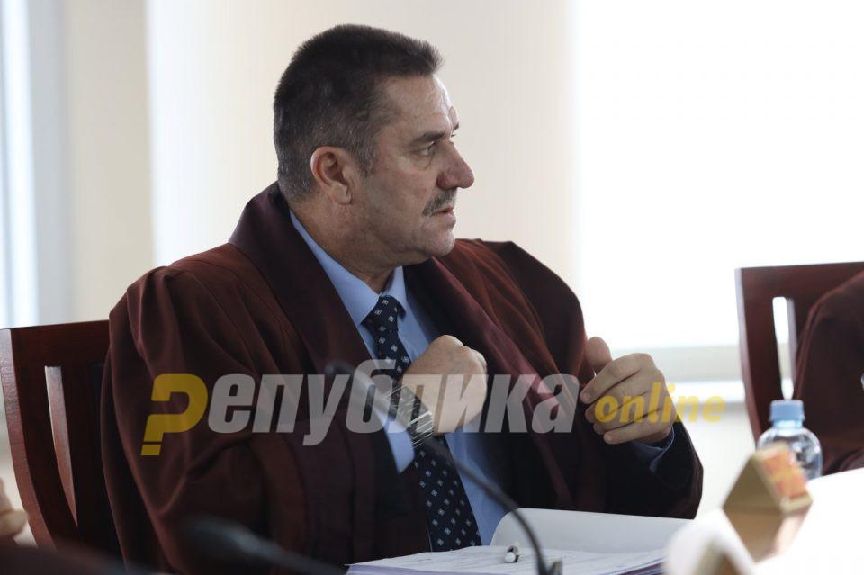Мицкоски открива: Во моментов Заев врши притисок врз Уставниот суд за да си обезбеди амнестија