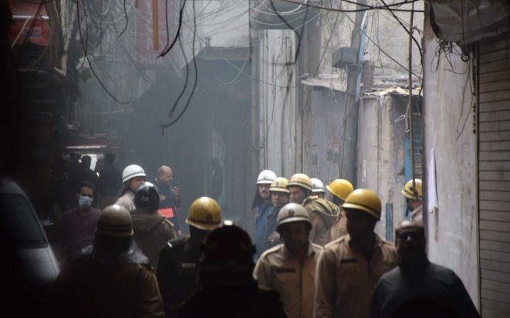 Пожар во фабрика во Њу Делхи, има и жртви