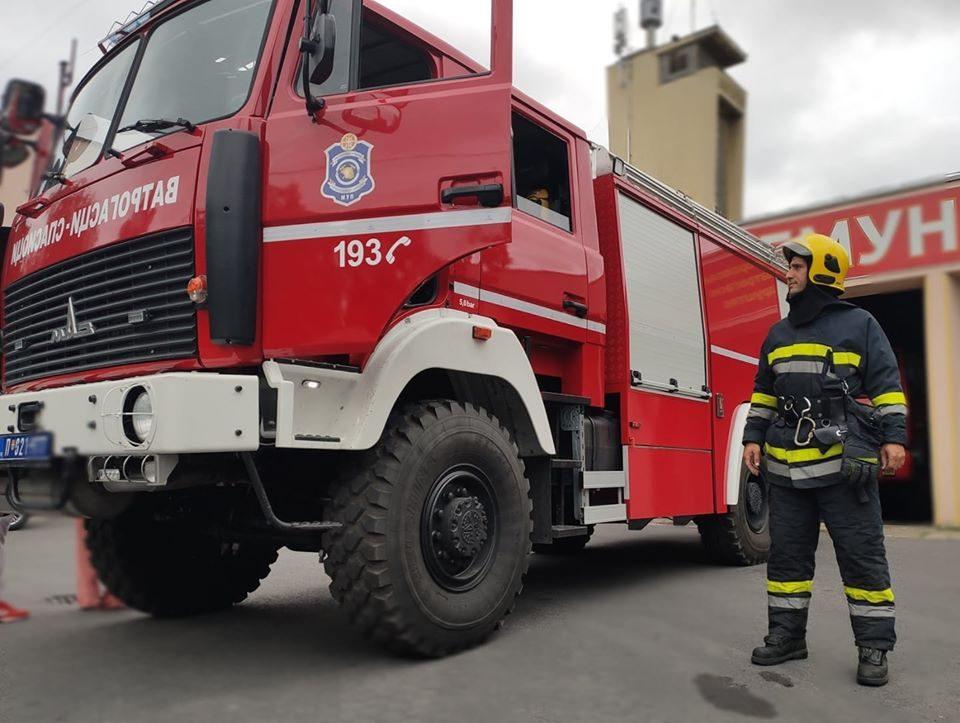 Пожарникарите протестираат: Судот пресудил во нивна корист, а Град Скопје не ги рецка