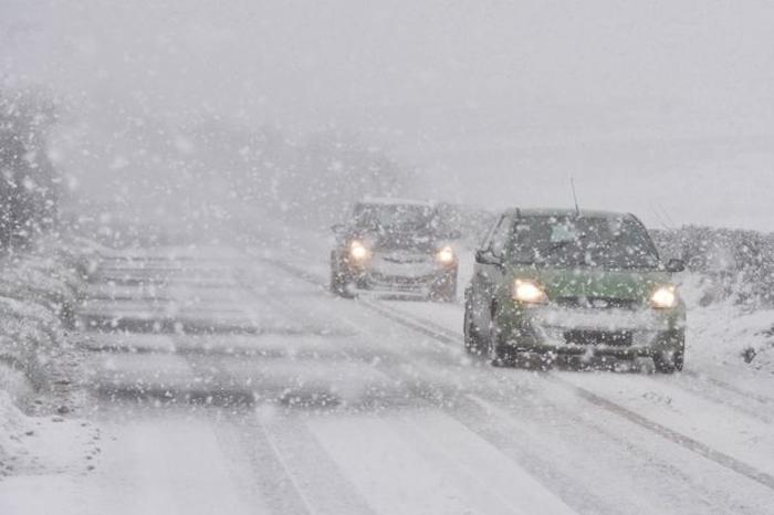 Снег вее низ Македонија, внимателно на овие правци
