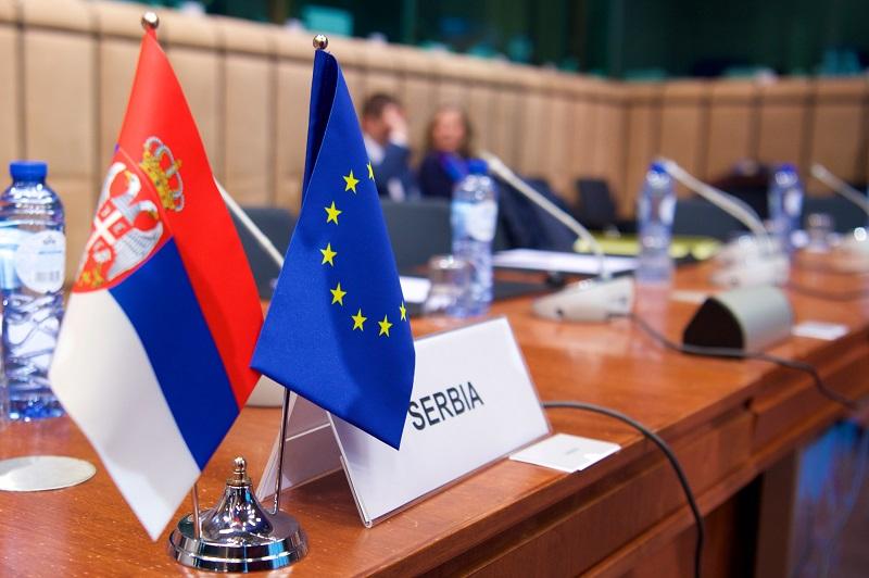 Додека се чека на новата методологија Србија отвора уште едно поглавје во преговорите со ЕУ