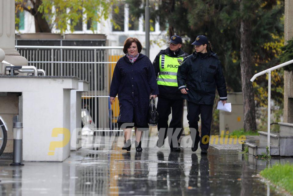 """По ценовникот на Јанева: За осум милиони евра случајот """"Империја"""" требало да го снема"""