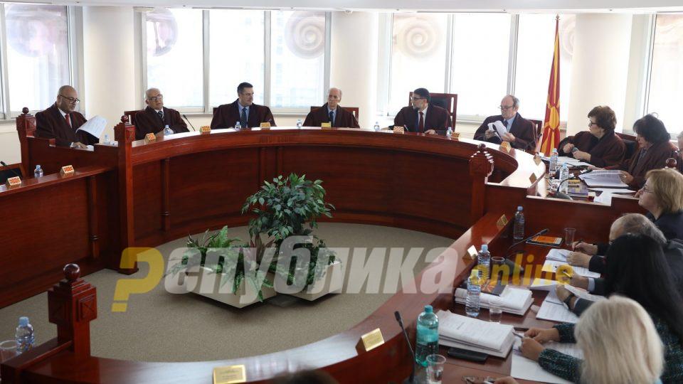 Само Уставниот суд може да го реши спорот меѓу Џафери и Пендаровски