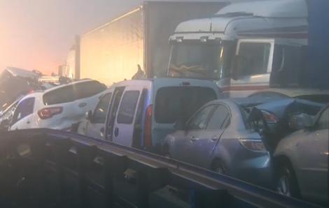 """Каранбол на """"Александар Македонски"""": Се судриле два камиони и пет коли, еден тешко повреден"""