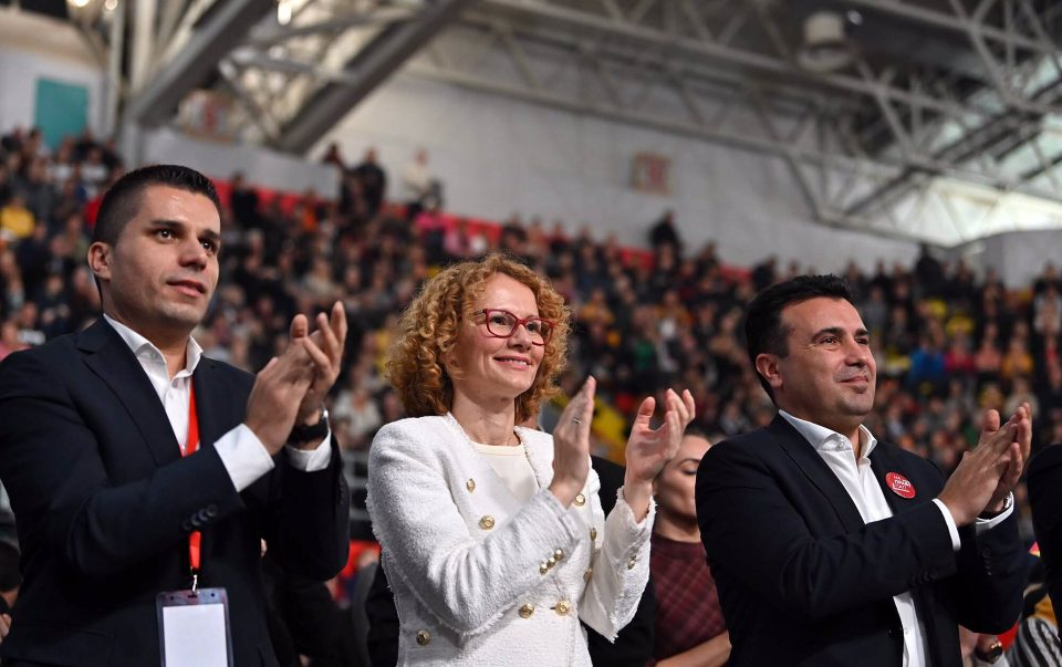 """Хибридниот режим на Заев ја смести Македонија на дното – """"Дојде живот"""" за наместените тендери, корупцијата и политичките притисоци"""