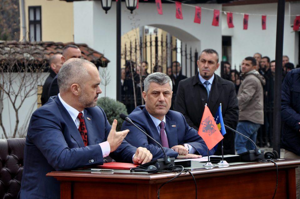 Хашим Тачи го повика Рама да ги укинат границите и царините меѓу Косово и Албанија
