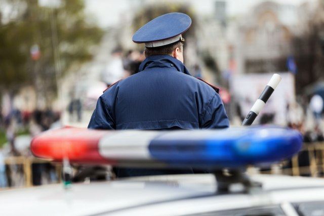 Жена влетала во бар, застрелала тројца мажи и потоа се самоубила