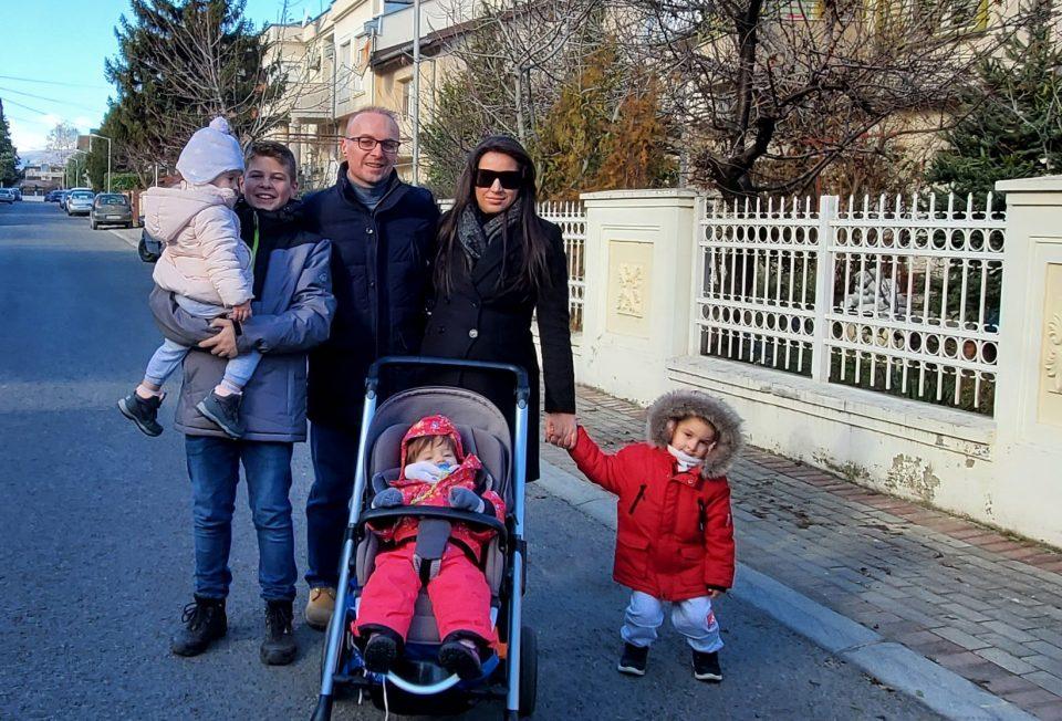 Принова во семејството Милошоски: Дариа, Михаела, Илина и Давид ќе добијат братче