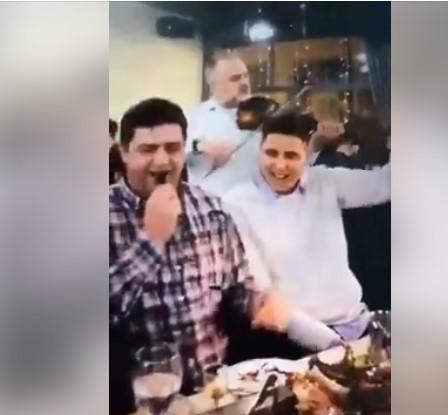 Му се погоди песната: Градоначалникот на Ѓорче Петров лумпува во кафеана