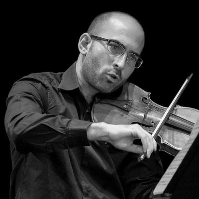 """""""Виолински класици"""" -концерт на Филхармонија со солистот Александар Димчевски"""
