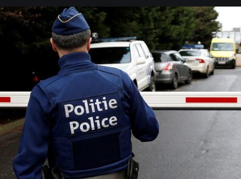 Франција ги заострува условите за влез во земјата